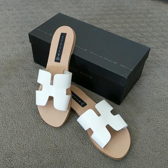 e427c9e9495 New Steven Greece White Leather Sandals Size 8